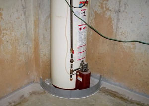 A water heater in Inver Grove Heights that's been protected by the FloodRing® and a perimeter drain system.